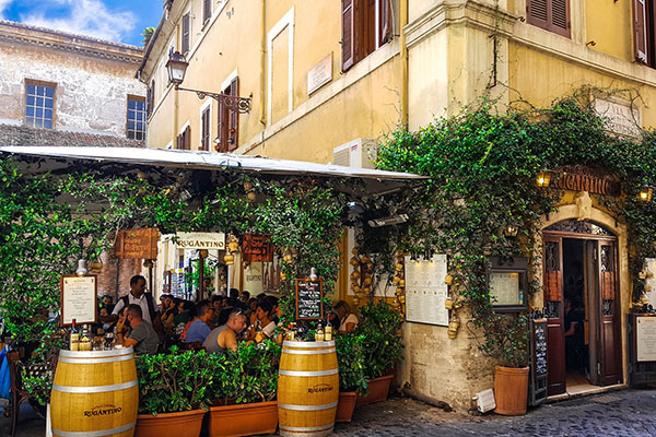 Restaurant-in-Rome